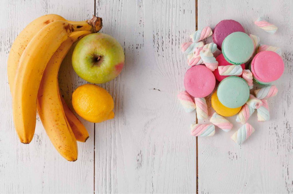 2-comer-entre-horas-danos-caries-dientes