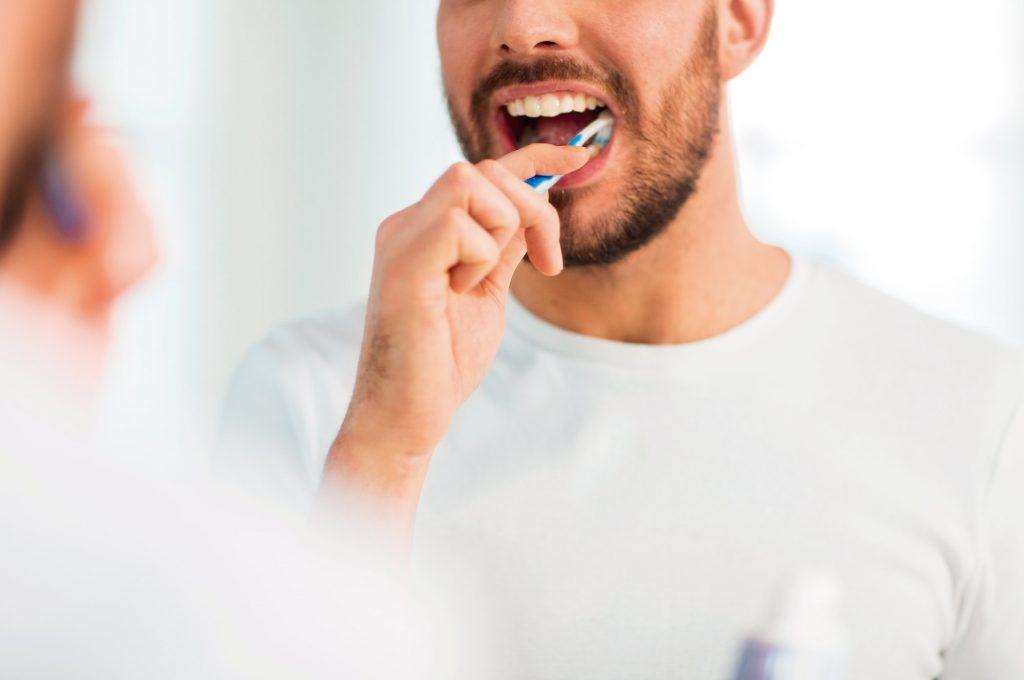 cepillarte-dientes-prevenir-alzheimer-barrenechea-leon